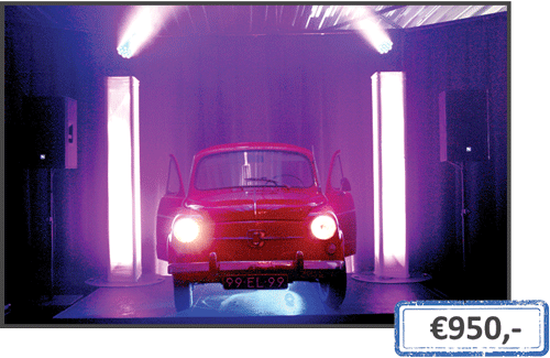 party-&-led-fiat-600-DJ-booth.png
